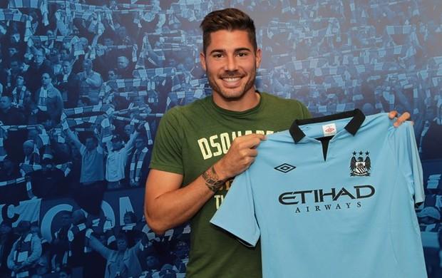 Javi Garcia chega ao Manchester City (Foto: Divulgação / Site oficial do Manchester City)