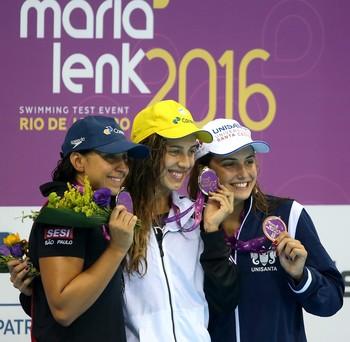 Troféu Maria Lenk 2016 - Jessica Bruin, Larissa Oliveira e Gabrielle Roncatto (Foto: Satiro Sodré / SSPress)