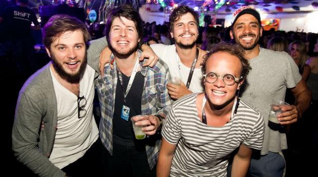 Da esquerda para a direita: Guilherme Teixeira, Lourenço Braga, Pedro Braun, Pierre Grego e, abaixado na frente, Fabio Di Gregorio  (Foto: Fernando Torres)
