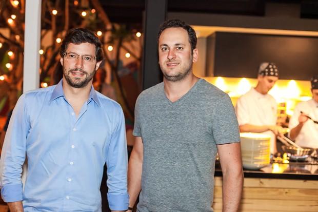 Marcos Pedreira e Gabriel Assad (Foto: Charles Naseh )