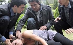 Final: Amanda prova do próprio veneno e morre ao tentar matar Ícaro