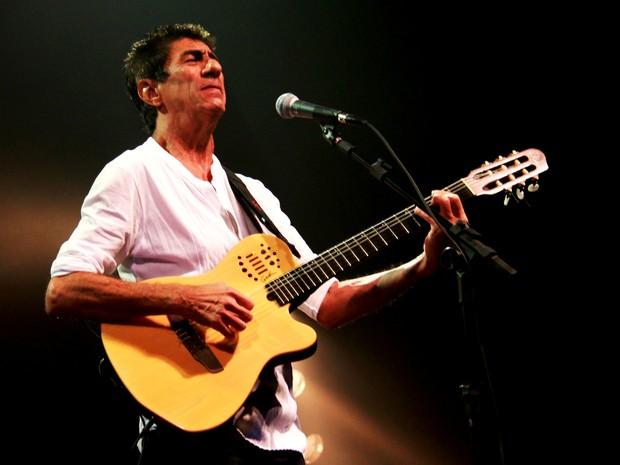 Show de Fagner será às 21h, no Teatro Positivo (Foto: Evaldo Gomes / Divulgação)