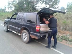 Estuprador foi preso quando caiu em uma barreira da PM com uma caminhonete (Foto: Polícia Civil/MT)