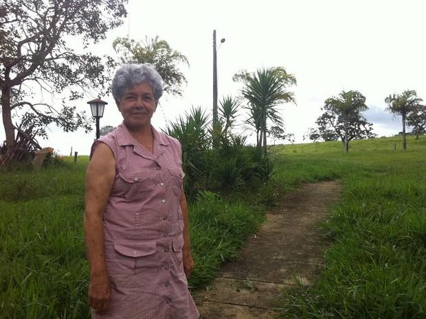 Leni Cândido da Cruz, dona da maior criação de búfalos do DF (Foto: Raquel Morais/G1)