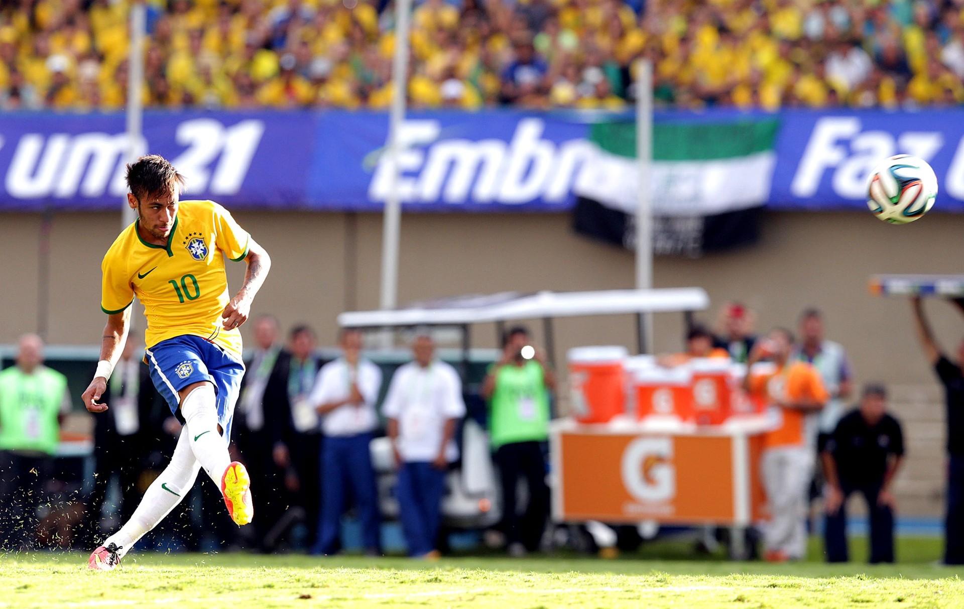 Jogador Neymar durante partida pela Seleção Brasileira (Foto: Reprodução GloboEsporte.com / Wander Roberto / VIPCOMM)
