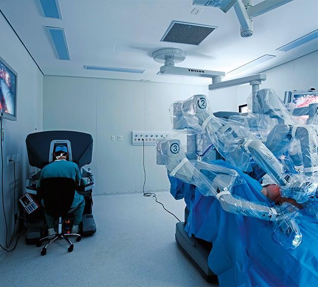 "Empresa;Saúde;A.C.Camargo;robô ""Da Vinci"" (Foto: Rogério Albuquerque)"