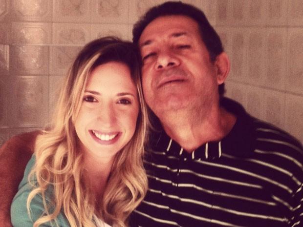Paula Arnoso com seu pai, Emanuel, que morreu de câncer  (Foto: Arquivo pessoal/Paula Arnoso)