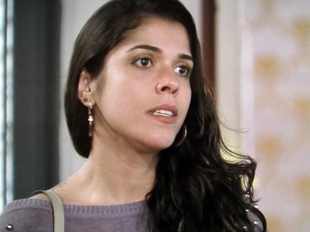 A enfermeira conta tudo sobre a armação do acidente de carro (Foto: TV Globo)