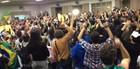 Por pressão de manifestantes,  CPI é aberta (Juliane Guzzoni/RPC TV)