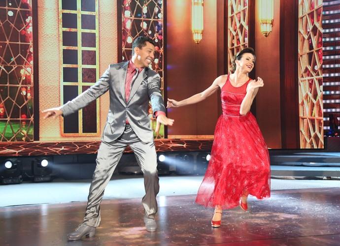 Alegria durante a dança (Foto: Carol Caminha/Gshow)
