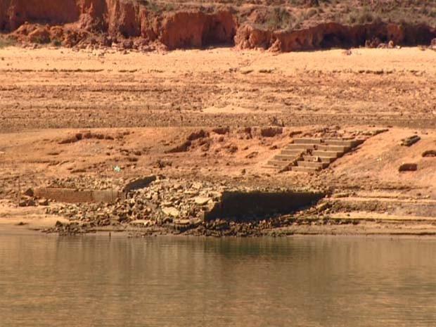 Represa do Atibainha deve demorar para se recuperar da estiagem (Foto: Reprodução / EPTV)