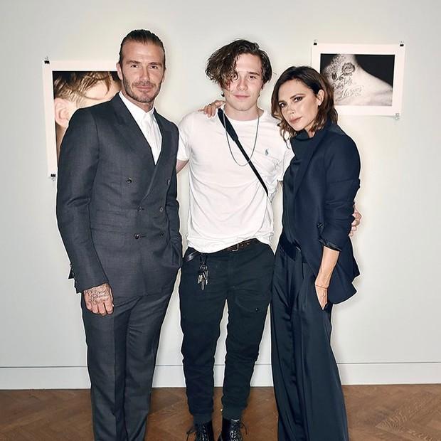 David e Victoria Beckam em lançamento do livro do filho (Foto: reprodução/instagram)