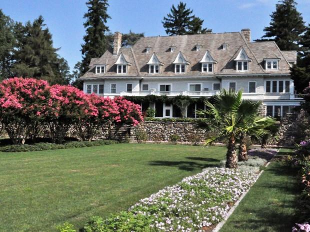 Casa vendida por R$ 266 milhões nos EUA, com 12 quartos e vista para o Atlântico (Foto: Divulgação / David Ogilvy & Associates )
