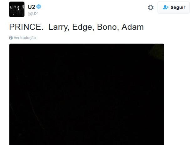 Banda U2 posta imagem de luto em seu Twitter (Foto: Reprodução/Twitter)