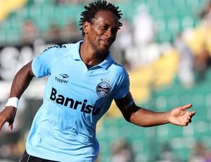 Ze Roberto gol Grêmio (Foto: Cristiano Andujar / Ag. Estado)