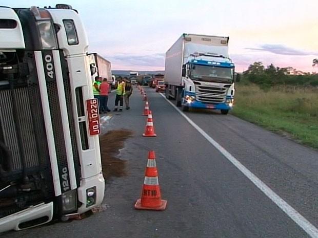 acidente (Foto: Reprodução / TV Sudoeste)