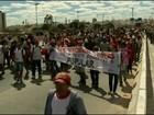 No interior da BA, manifestantes fecham estradas e pedem melhorias