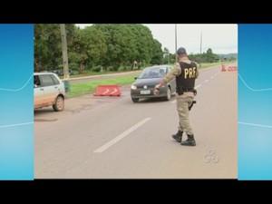 PRF registrou 70 acidentes com seis mortes nas rodovias de RO e AC (Foto: Reprodução/TV Rondônia)
