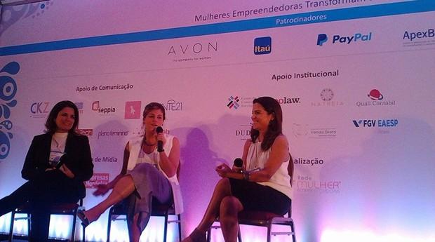 Fabiana Franceschi (à esquerda) e Manuella Curti durante painel  (Foto: Divulgação)