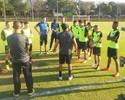 Com Airton, Botafogo treina no CT do Cruzeiro e tem dúvida no meio e lateral