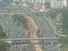 Batida deixa trânsito lento na Avenida Paralela, sentido rodoviária; vídeo