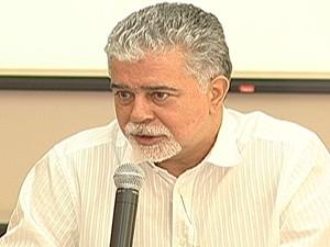 Anderson Adauto faz balanço de 2011 e apresenta projetos para 2012 (Foto: Reprodução/TV Integração)
