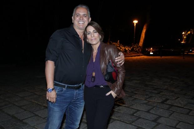 Glória Pires posa com o marido Orlando Moraes (Foto: Marcello Sá Barretto / AgNews)
