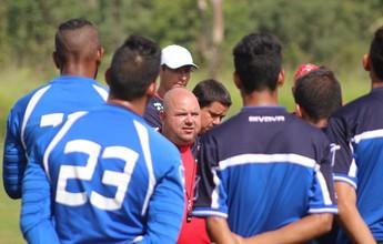 Julinho Camargo comanda primeiro treinamento no Brasília