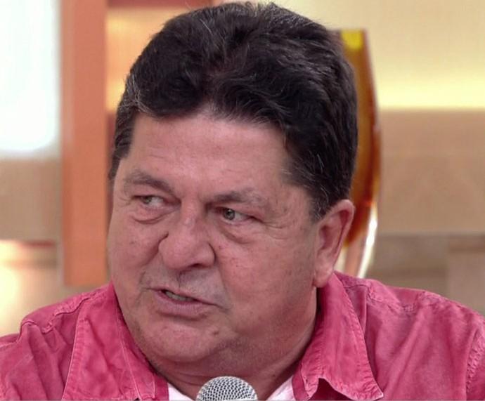 Stepan conta como descobriu que seu Amâncio era o pai da Fátima (Foto: TV Globo)