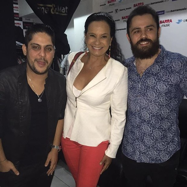 Solange Couto com Jorge e Mateus em bastidores de show na Zona Oeste do Rio (Foto: Instagram/ Reprodução)