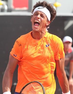João Souza, feijão, tênis (Foto: Nestor J. Beremblum / Ag. Estado)