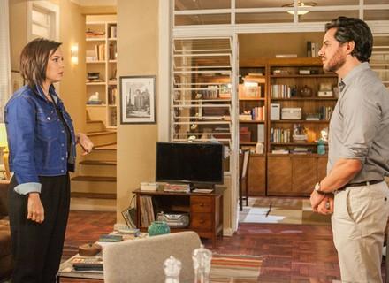 Beth interrompe 'lua de mel' de Vitória e Augusto