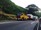 Caminhões se envolvem em acidente na descida da Serra, em Piraí