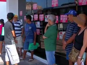 Greve bancários em Santarém completa 29 dias com todas as agências paralisadas (Foto: Reprodução/TVTapajós)