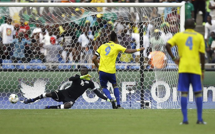 Aubameyang, Gabão x Burkina Faso (Foto: AP Photo/Sunday Alamba)