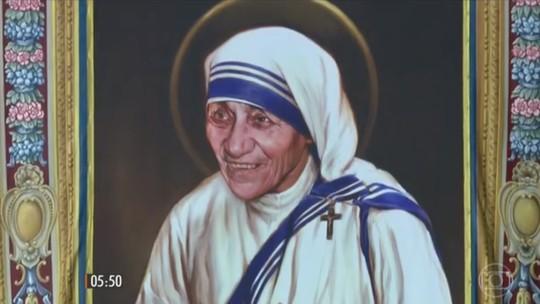 Madre Teresa de Calcutá é canonizada pelo Papa Francisco no Vaticano