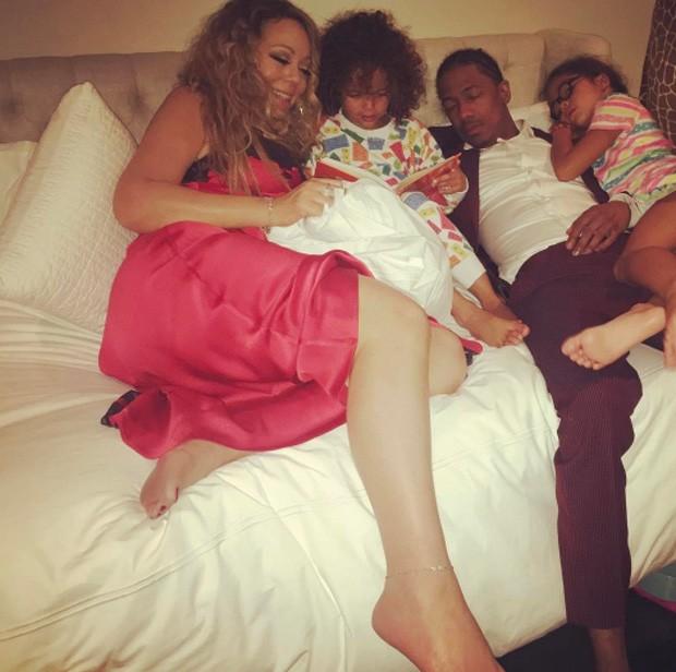 Mariah Carey e Nick Cannon com os filhos os gêmeos Monroe e Moroccan (Foto: Reprodução / Instagram)