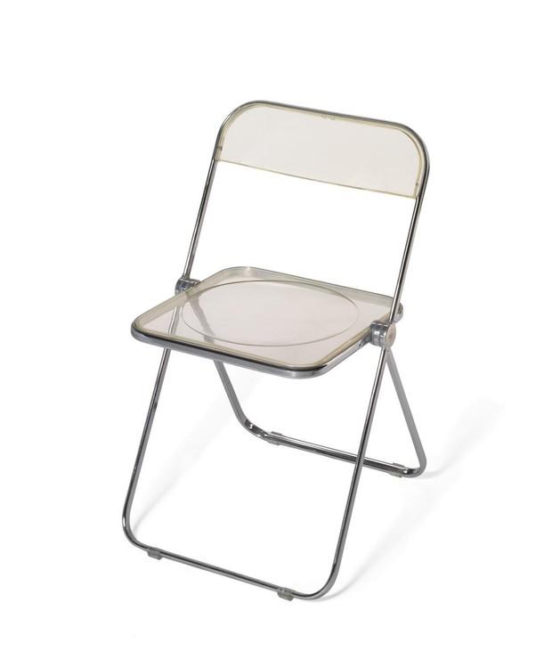 cadeira-plia-do-designer-giancarlo-piretti-para-a-marca-italiana-castelli-design.jpg (Foto: Divulgação)