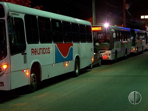 Seis ônibus foram roubados na Zona Norte de Natal (Foto: Reprodução/Inter TV Cabugi)