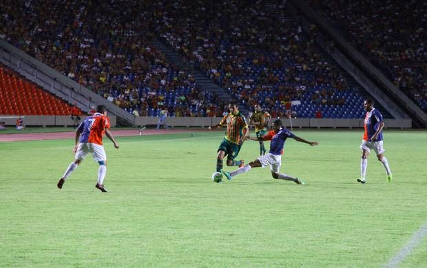 Sampaio Correa x Paraná Castelão MA (Foto: Biné Morais/O Estado)