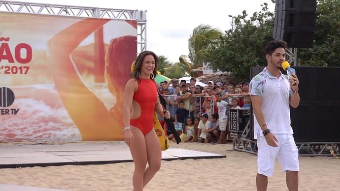 A Salva Vidas do Rota e o apresentador Leo Souza (Foto: Ramon Pessoa, Rota Inter TV)