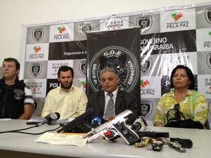 Secretário de Segurança da Paraíba, Cláudio Lima, deu detalhes da Operação Concutere que investiga policiais suspeitos de extorquir traficantes (Foto: Walter Paparazzo/G1)