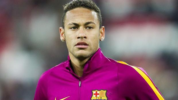 Procurador espanhol pede julgamento de Neymar por corrupção