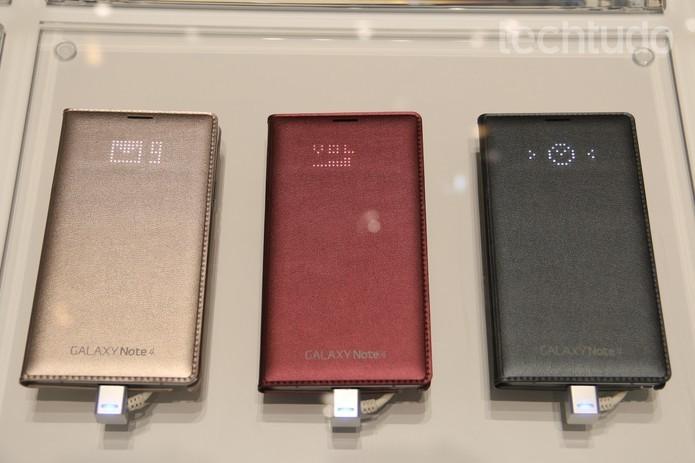 Galaxy Note 4 conta com a caneta S Pen e capinhas interativas como diferenciais (Foto: Divulgação/Samsung)