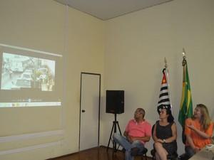 Vídeo foi divulgado em coletiva de imprensa em Araraquara, SP (Foto: Felipe Turioni/G1)