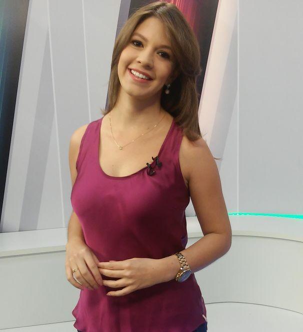 Tâmara Oliveira apresenta o Globo Esporte Sergipe (Foto: Divulgação / TV Sergipe)