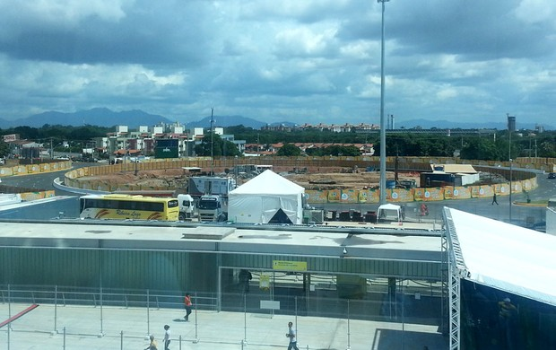 obras entorno estádio castelão  (Foto: Richard Souza)