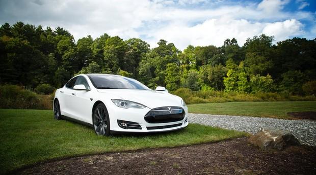 Tesla Model S (Foto: Pexels)