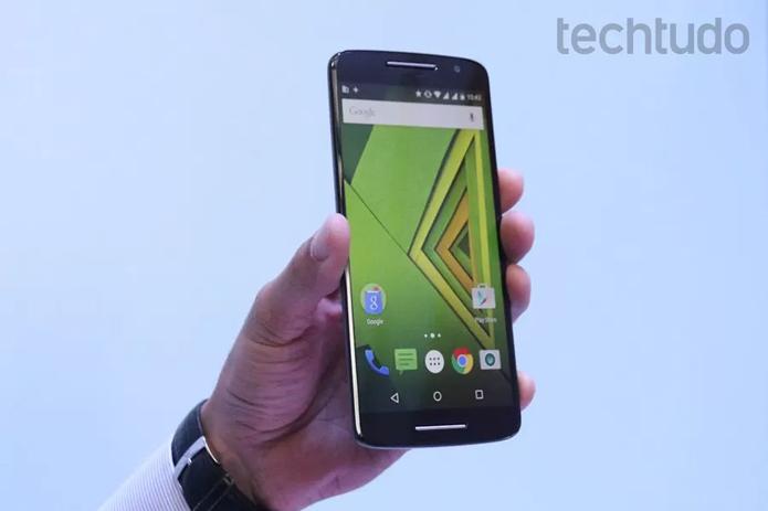 Moto X Play sai na frente com configurações superiores (Foto: Nicolly Vimercate/TechTudo)