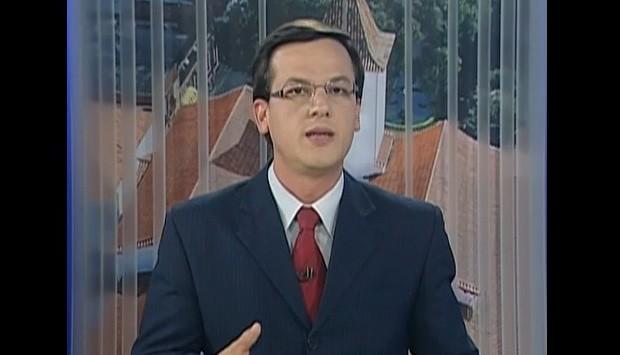 Repórter Saulo Tiossi substitui a apresentadora Marilucy Cardoso  (Foto: Reprodução / TV Diário)